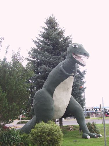 Dinosaur statue in Vernal