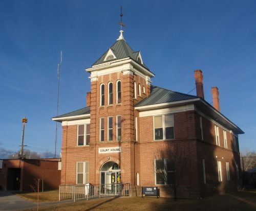 Garfield County courthouse in Panguitch