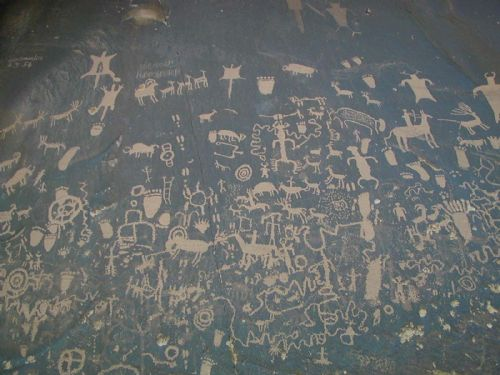  Newspaper Rock, near Canyonlands National Park