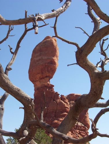  Balance Rock in Arches